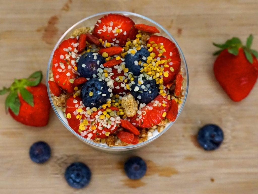 DSC02814 1024x773 - Spirulina Chia Pudding & Cashew Yogurt Parfait (Vegan & Gluten-Free)