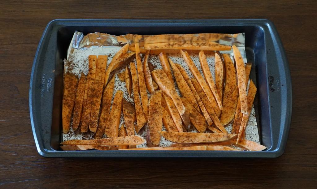 DSC03690 1024x611 - Healthy Baked Sweet Potato Fries