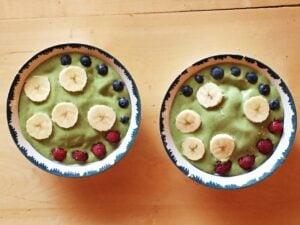 Spinach Cashew & Hemp Smoothie Bowl