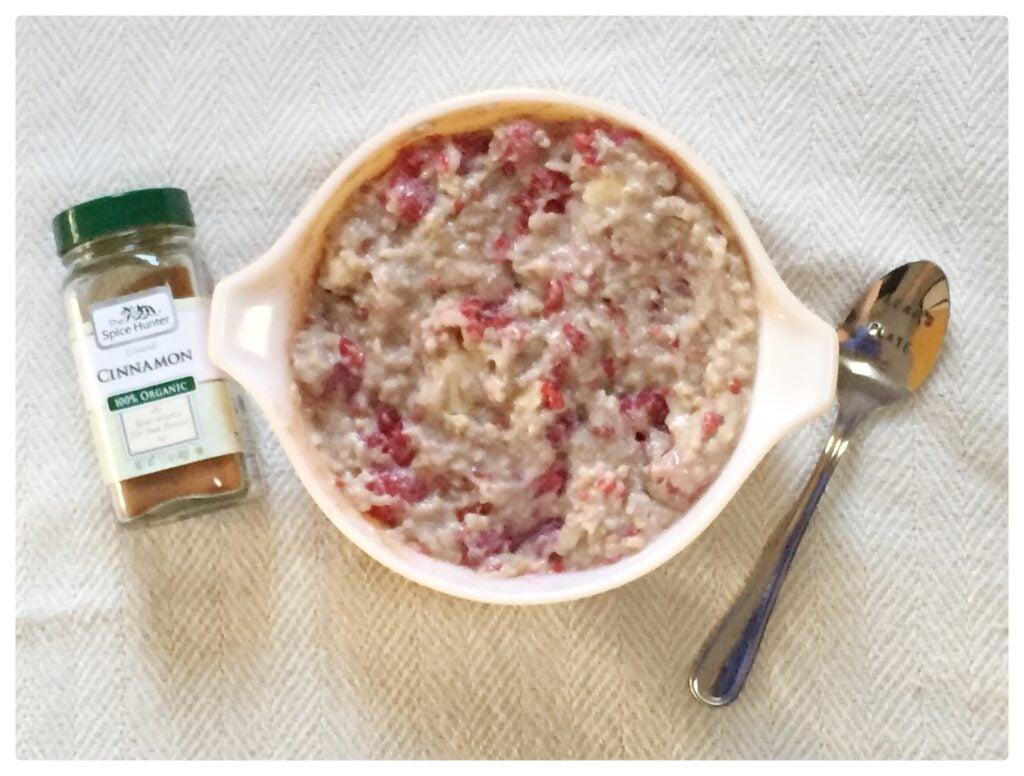 oats1 1024x776 - Creamy Raspberry Coconut Porridge