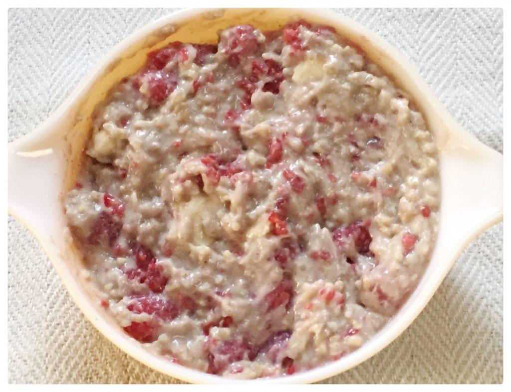 oats2 1024x787 - Creamy Raspberry Coconut Porridge