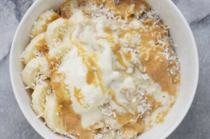 Creamy Cashew Coconut Oatmeal (Vegan & Gluten-Free)