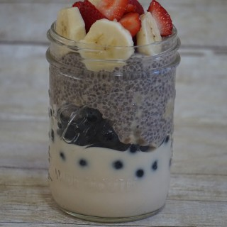 yogurt chia parfait leahs plate 320x320 - Yogurt & Chia Parfait (gluten-free)