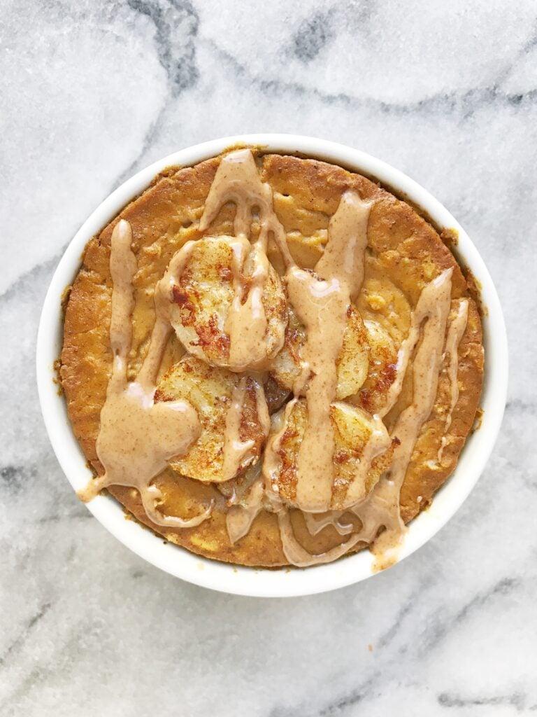 Pumpkin Pie Baked Oatmeal2 768x1024 - Baked Pumpkin Pie Oatmeal with Caramelized Bananas