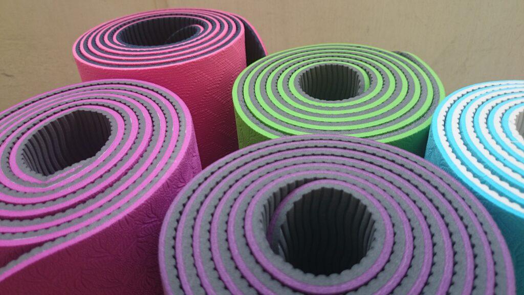 Yoga mats Leahs Plate 1024x576 - Sunday Things... 9.20.15