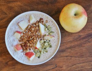 Apple Oatmeal Smoothie Bowl