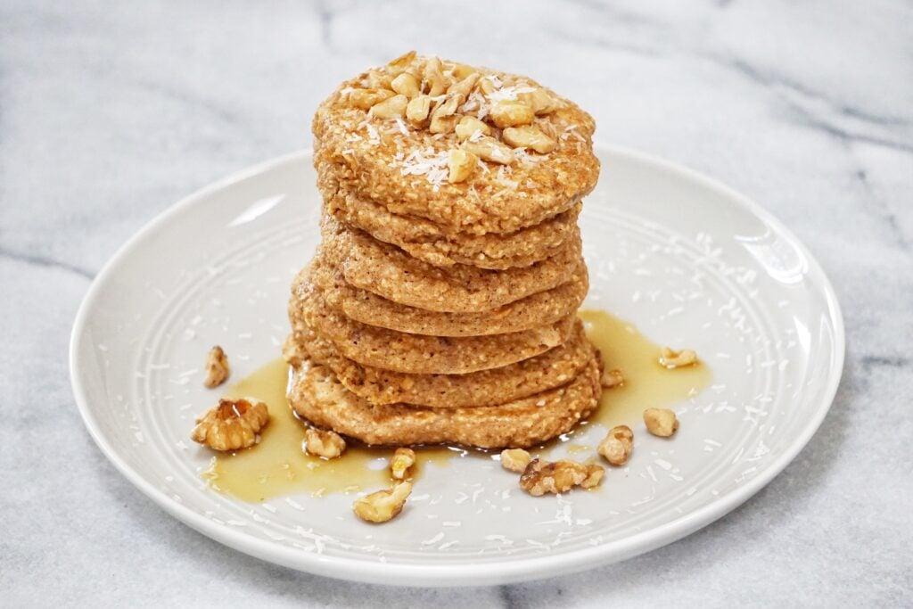 Sunday morning pancakes Leahs Plate 1024x683 - Apple Oatmeal Pancakes