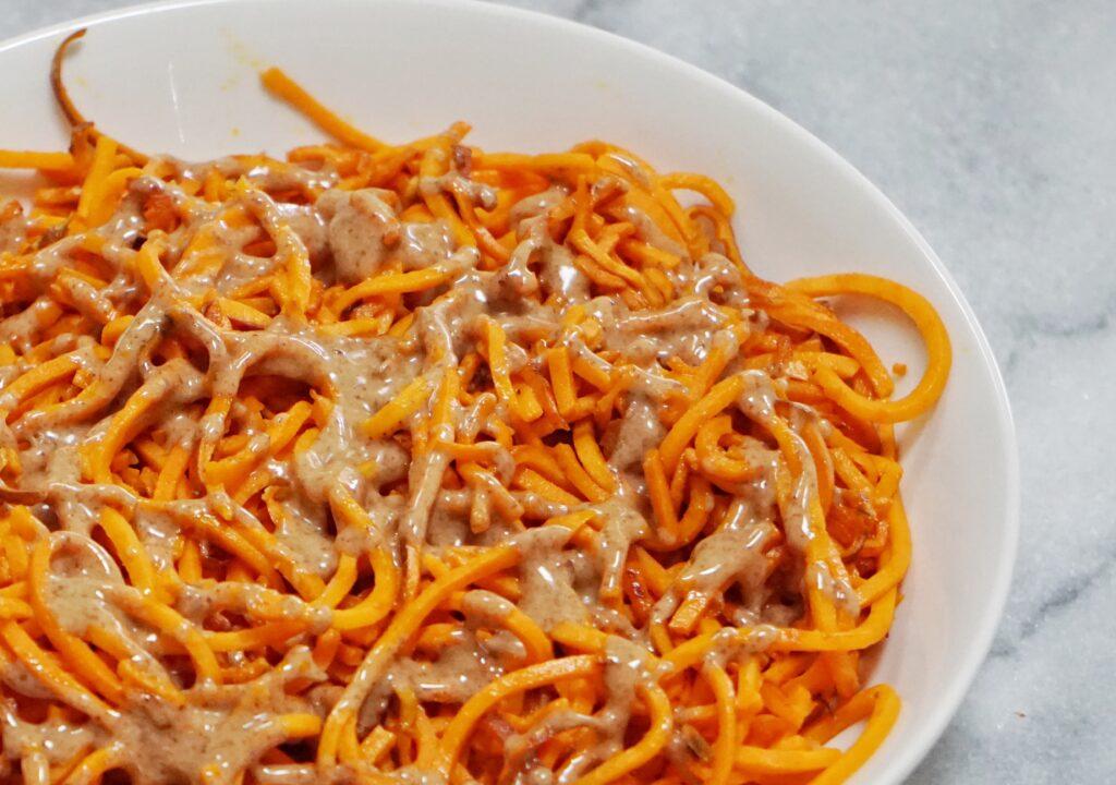 Sweet Potato Noodles with Honey Almond Butter Dressing Leahs Plate7 1024x720 - Sweet Potato Noodles with a Honey Almond Butter Sauce