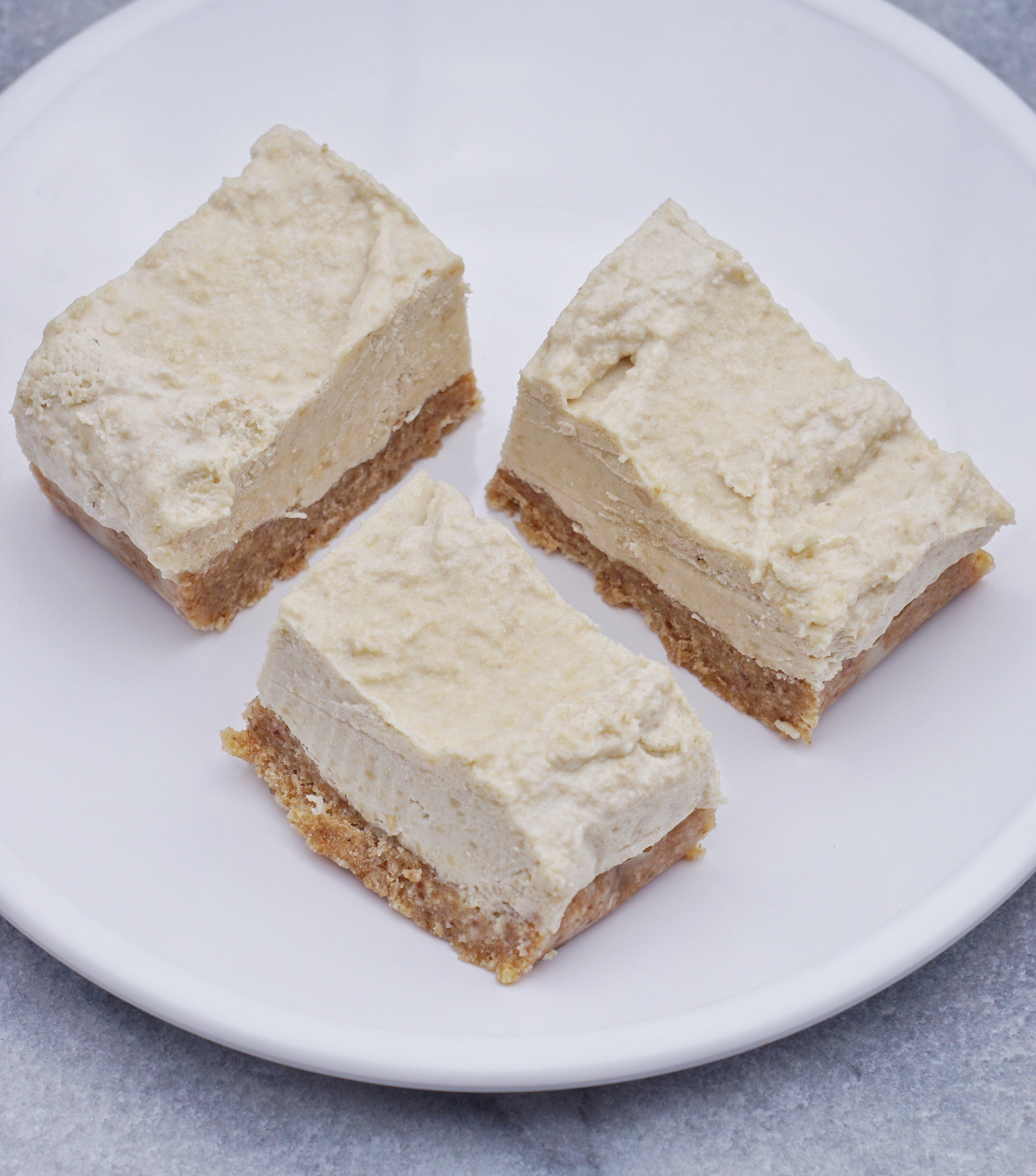 Raw Vegan Cashew Coconut Cheesecake Leahs Plate3 - Raw Vegan Cashew Coconut 'Cheesecake'