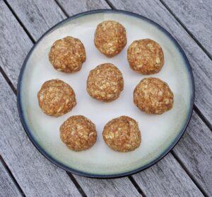 No Bake Almond Butter Oat Energy Balls