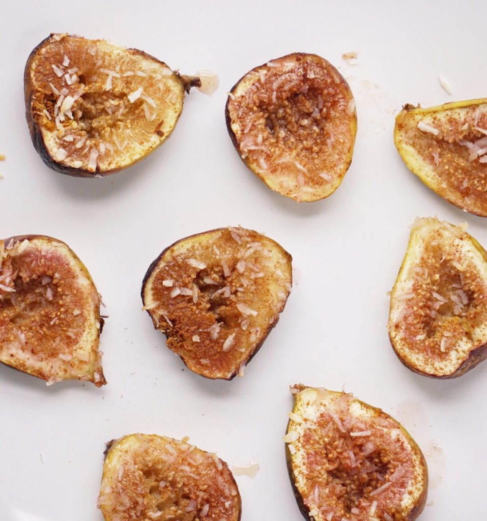 Maple Cinnamon Baked Figs by Leahs Plate8 957x1024 - Maple Cinnamon Baked Figs