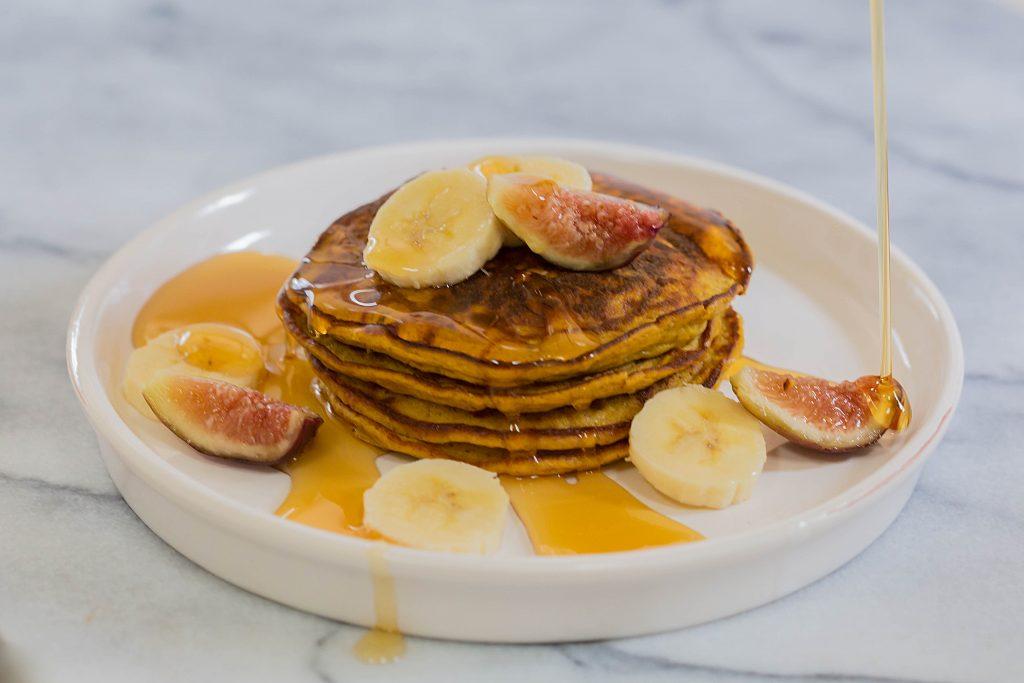 Flourless Paleo Pumpkin Pancakes by Leahs Plate3 1024x683 - Paleo Pumpkin Pancakes