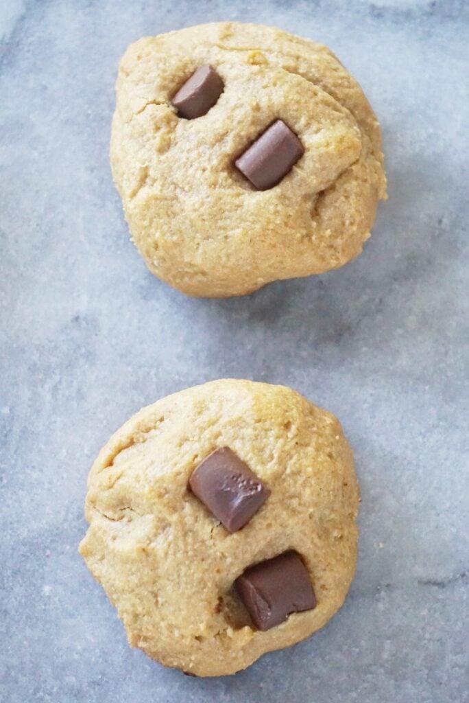 Paleo Chocolate Chunk Cashew Butter Cookies