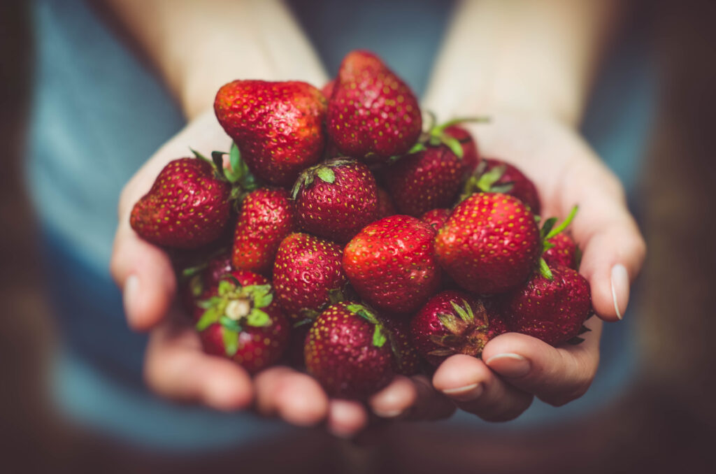 Must-Make Healthy Strawberry Recipes