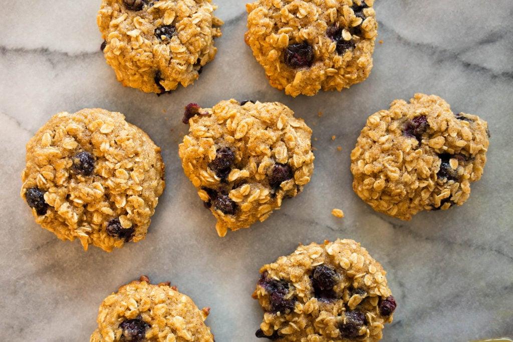 Blueberry Oatmeal Cookies5 1024x683 - Blueberry Honey Oat Breakfast Cookies (Gluten-Free)