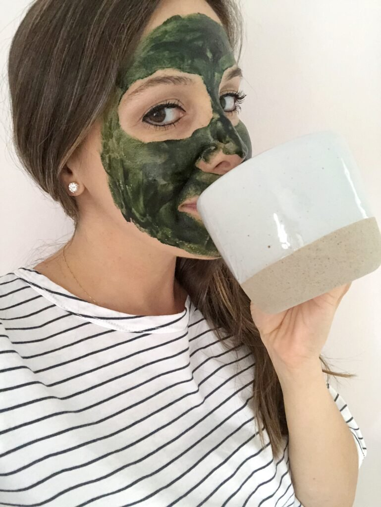 Probiotic Yogurt Honey Spirulina Face Mask 769x1024 - Skin-Brightening Probiotic Yogurt, Honey & Spirulina Face Mask