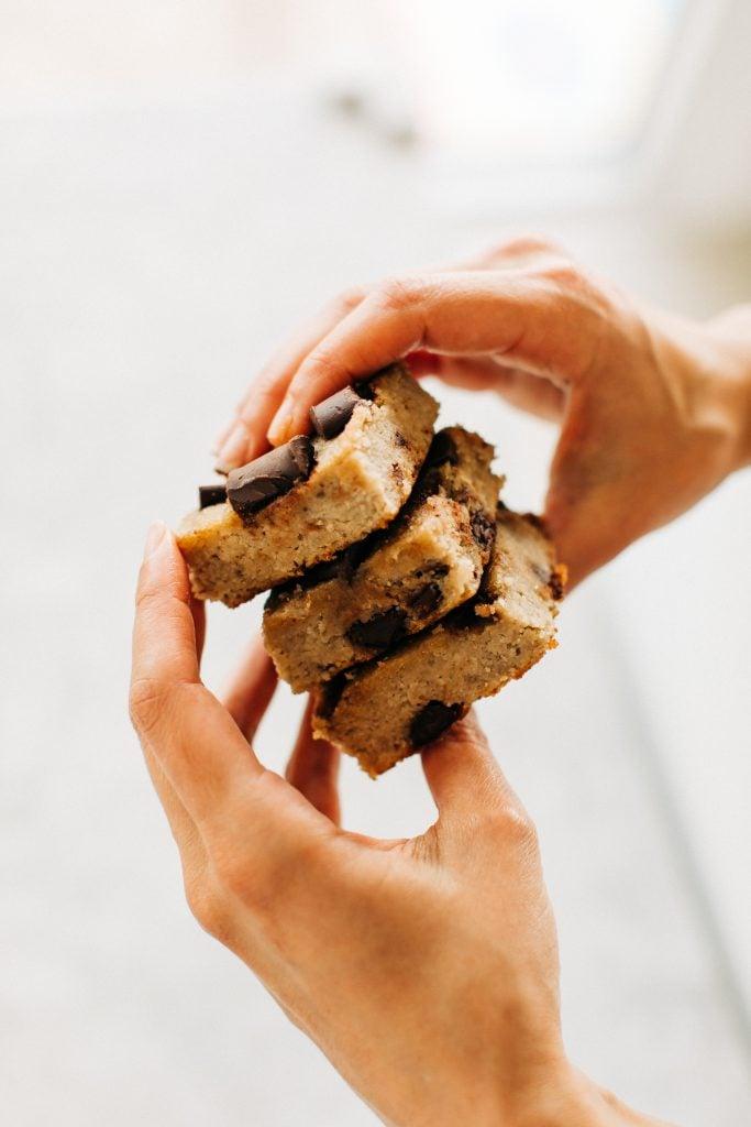 banana bread bars7 683x1024 - Chocolate Chunk Banana Bread Bars (Paleo & Gluten-Free)