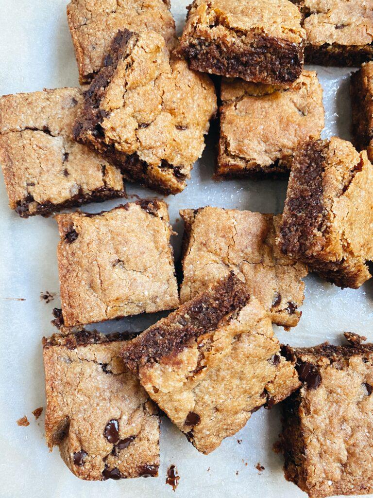 Almond Flour Chocolate Chip Cookie Bars4 768x1024 - Almond Flour Chocolate Chip Cookie Bars