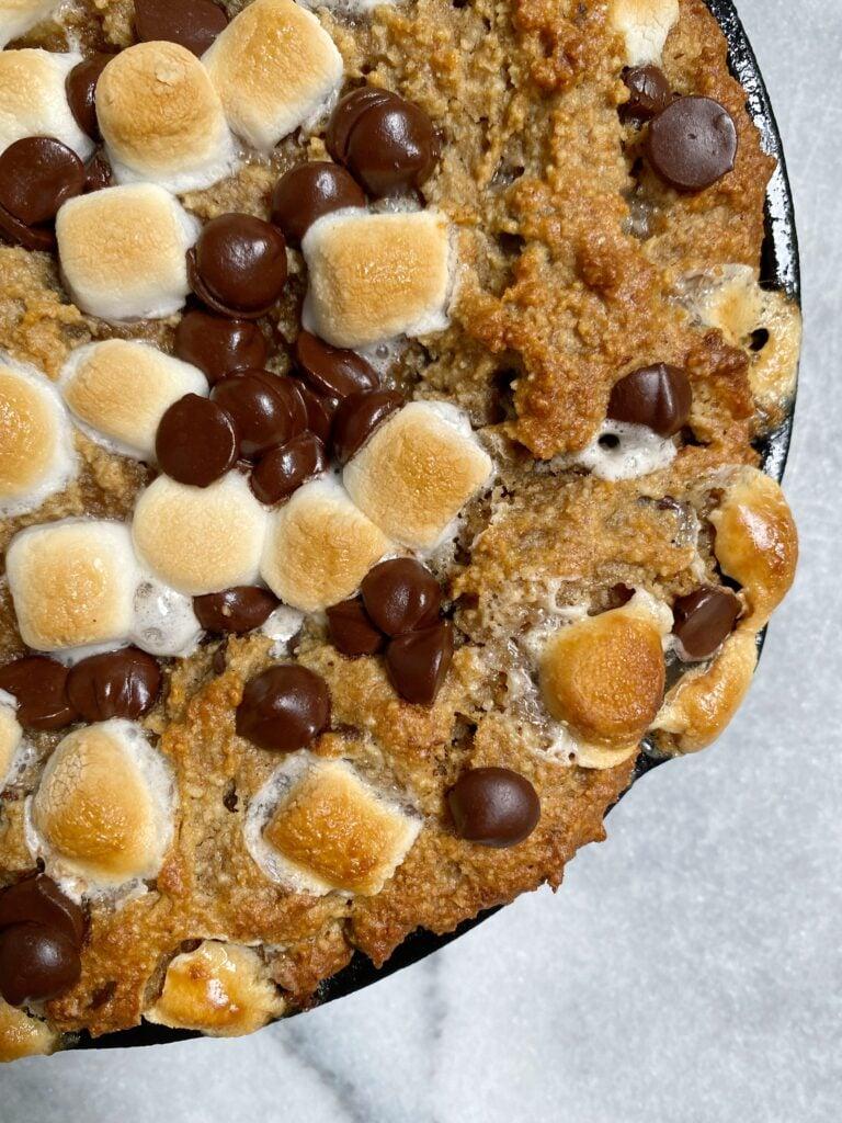 smores skillet 768x1024 - s'mores banana bread skillet (grain-free)
